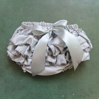 Satén Bloomer para bebés Chicas Panties Gris de plata Infantil Toddle Ruffle Bloomer Recién nacido Cubierta de pañales