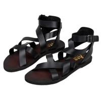 al por mayor lazo del tobillo-Nueva moda de verano de los hombres de la correa de la hebilla de la correa del tobillo de playa zapatos de gladiadores romanos Cruz-atado sandalias de cuero