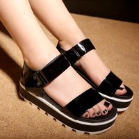 Wholesale The new summer sandals muffin high heeled shoes flat black silver round buckle