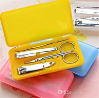 Wholesale 200sets Portable in Carbon Steel Nail Manicure Set Personal Beauty Set Mini Nail Tool Kit
