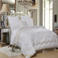 Wholesale Twin Queen King Wool filled Cotton Jacquard Comforter King Queen Twin Size and Customized and Retail