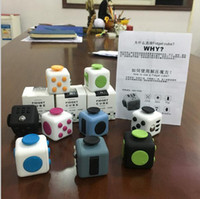 Wholesale New Fidget Cube A Vinyl Desk Toy anti irritability to ease the pressure to focus dice cube box for girl boys Christmas gift b531