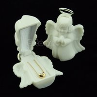 Wholesale New Luxury Angel Velvet Jewelry Rings Necklace Display Box Gift Container Case H210878
