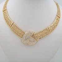 Wholesale 2016 Hot Sale Noble and Beautiful Golden Inlaid Pearl Pendant Necklace For Women Fashion Gold Plated k Necklace Jewelry Sets