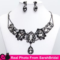 artificial diamond earrings - Gothic Goth Black Bridal Jewelry Sets Artificial Diamond Pendant Necklaces and chandelier Earrings For Weddings Prom Party Christmas Holiday