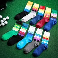 Wholesale Men sport socks gradual change rhombus male cotton socks color matching socks Cotton socks in British wind skateboarding socks