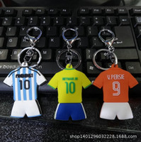 argentina gifts - World Cup Sport football shirt clothes Pendant keychain Brazil Argentina jersey model PVC key chain toy Fan gift keyring