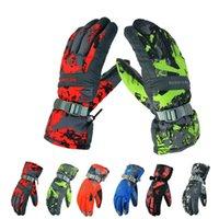 Wholesale 2016 Wild Snow Waterproof Men and Women Print Ski Gloves Windproof Snow Gloves
