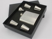 Wholesale Stainless steel hip flask sliver oz hip flask gift set with cups and one funnel in black gift box HHA937