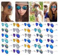 Gafas de sol de piloto Baratos-Coloful piloto adulto Gafas de sol Moda Hombre Señora Full Metal marco de la playa gafas de sol # 20160407 gota de la ayuda de envío
