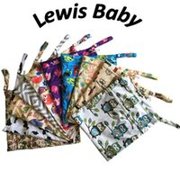 Wholesale 30 cm Baby Printed Zipper Wet Bag Two Pockets Diaper Bag Reusable Nappy Bag