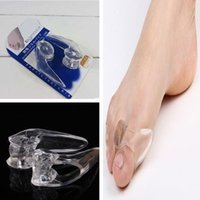 Wholesale 1Pair Silicone Gel foot fingers Two Hole Toe Separator Thumb Valgus Protector Bunion adjuster Hallux Valgus Guard Feet care