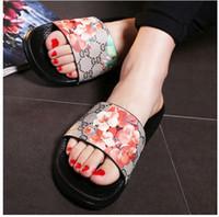Wholesale Women shoes Sandals Slippers Summer Flower Flat women Sandals Brand Slides Women Beach Slippers Fashion Floral Summer Shoes