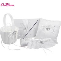 Wholesale 5Pcs set Satin Wedding Ring Pillow and Flower Basket Wedding Guest Book and Pen Set Garter Belt Wedding Decoration Colors