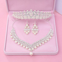 accessories deals - Great Deal Rhinestone Pearls Crowns Jewelries Cheap Bridal Tiaras Wedding Party Bridesmaid Hair Accessories Headpieces Hair Band For Brides