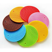 Wholesale 10PCS Amazing cm CM Durable Silicone Round Non slip Heat Resistant Mat Coaster Cushion Placemat Pot Holder HY682