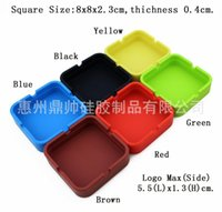 Wholesale 8 cm New Portable Soft fashion Eco Friendly Pocket Shatterproof Cigar Rubber Silicone plastic Square and round Ashtray Ash