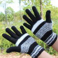 Wholesale winter Ma Hai mao gloves Warm fleece wool gloves Warm gloves protect hands from the cold with warm glove