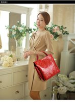Wholesale 2016 fashion elegant ladies handbag and wallet colors leather beautiful rose embossed craft ladies gifts bags women shoulder bags