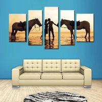 Конные фотографии Цены-5 Комбинированные Картина красивые картины морской добычи нефти Пара влюбленных и два Лошадь для гостиной дома и украшения стены