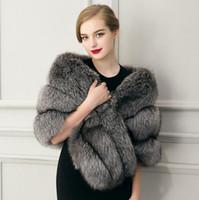 Vender como pan caliente invierno de las mujeres capa de la ropa de imitación de piel de imitación de piel chales partido manto de la boda de vestir exteriores de señora