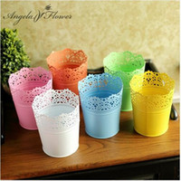 artificial spider - The Good Quality Colorful Iron Wrapped Hollow out Design Flowers Vase spider style pot Artificial Flowers Storage Home Decoration