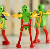 Wholesale Robot Up Dancing Toys Dancing Top Chain Toys Clockwork Robot Toys lovely dancing disco robot Kids Wind up Toys