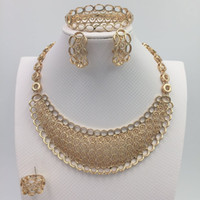 Wholesale 2015 New Style Party Necklace Sets Elegant Charms Fashion Dubai Gold Plated Vintage Women Dubai Jewelry Set