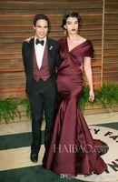 fair white - 2017 Vanity Fair Oscar Party Crystal Renn Plunging Neck Celebrity Red Carpet Dresses Floor Length Elegant Burgundy Formal Evening Gowns