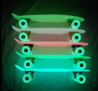 Wholesale S002 Freeshipping quot mini boards glowing skateboard retail luminous fish plate banana light board wheel Night light