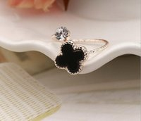 Wholesale 2016 Fashion High Quality Clover Couple Rings Korean Jewelry Sliver Plated Black Clover for Men and Woman Wedding Rings