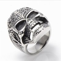 Wholesale Men s jewelry hot cheap gray cast stainless steel rings skull rings hypoallergenic not fade
