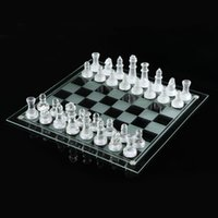 Wholesale 2017 hot Fine crystal glass chess queen chessboard gifts to share