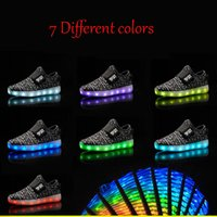 Wholesale 2016 Girls light up led luminous kids shoes glowing casual fashion boy with new simulation sole charge for children neon basket