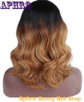 Deux Tone Black / Blonde Glueless Pleine Perruques Perruque Courte Ondulé 10-14 pouces 130% Densité Chinoise Original Cheveux Dentelle Front Perruques à vendre