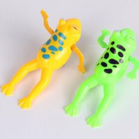 Wholesale 2016 new Color Random Funny Baby Kids Bathing Toy Clockwork Wind Up Plastic Swimming Frog For Fun