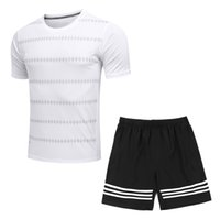 Wholesale Men s casual Sports T shirt Two piece suit Original famous brand T shirts Basketball football clothes Running Sportswear suit shirt No N1KE1