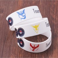 bar bears - New Game Poke GO Bracelet Team Valor Instinct Mystic Logo Bangles Bar Yellow Red Blue Silicone Personalized for Women Fans