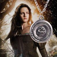 achat en gros de cygne gros argent-neige Collier vintage white argent antique Once Upon A Time Emma cygne talisman pendentif bijou pour les hommes et les femmes de gros