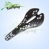 Wholesale Hot sale road bike saddles carbon fibre seat carbon road saddle full carbon fiber bicycle saddle