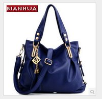 Wholesale European and American fashion wild shoulder bag middle aged woman hand bag big bag diagonal