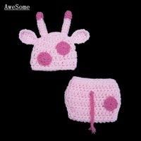 al por mayor sombreros recién nacidos de color rosa-Recién nacido Traje lindo de la jirafa rosada, hecho a mano del ganchillo del Knit Sombrero animal del bebé y cubierta del pañal, prop de la fotografía del niño infantil