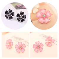 Wholesale 1 Pair New Fashion Elegant Womens ladyes Beautiful Silver Plated Flower Shape Crystal Rhinestone Ear Stud Earrings Jewelry Colors