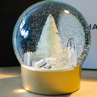 Wholesale 100 cc Christmas tree ornaments snow crystal ball snow globe quartz crystals bola de cristal box Snowball