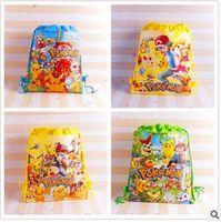achat en gros de filles sac cadeau d'anniversaire-Cartoon Pikachu Imprimer Sac à bandoulière non tissé Kids Drawstring Sacs à dos Sacs d'école Filles Party Gift Bag Anniversaire Livraison gratuite