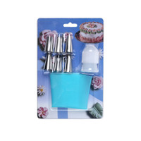 Wholesale Big Size Pastry Bag Piece Cake Decorating Set Including Reusable Icing Bag Coupling Decorating Tips Baking and Cake Decorating Supplies