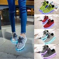 Wholesale 4 colors LED lights color luminous fluorescent shoes shoes couple models USB charging Size