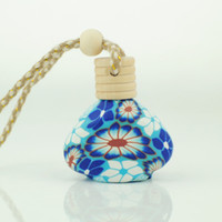 Wholesale New Fashion Creative Perfume Bottle Empty Glass Polymer Clay Pendant Car Pendant Car Hanging Ornament F521