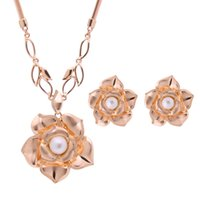 act pieces - Fashion Wedding Party Act The Role Ofing Is Tasted Suit Necklace Earrings Suit Party Decorations Two piece
