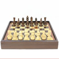 Wholesale In business high quality original wooden Export to Europe wooden chess natural log green paint color box desktop refined workmanship